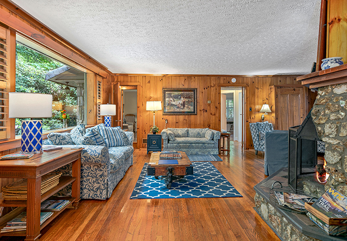 Billy Graham's house for sale Montreat NC living room
