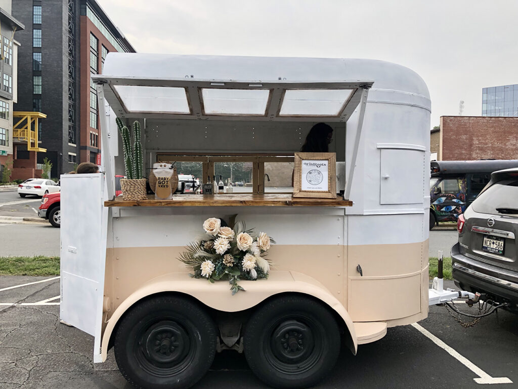 Find $10 extra-large iced lattes from this rebranded mobile coffee bar