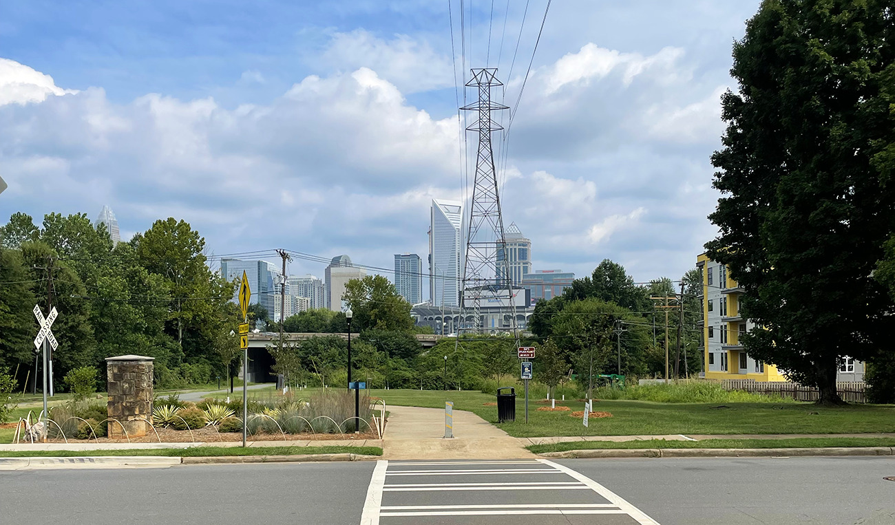 4 Charlotte running routes with skyline views