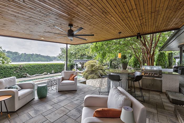 Mid Century Modern Home Visit to Wylie Lake Outdoor Lounge